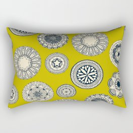 mandala cirque spot chartreuse Rectangular Pillow
