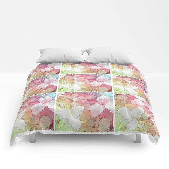 Trillium flowers Comforters