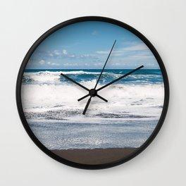 Rocking ocean Wall Clock