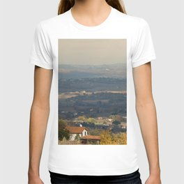 Sunset Italian countryside landscape view T-shirt