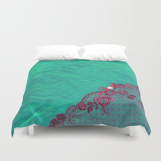 Claire´s treasure I - Pink lace,ribbon and pearl on aqua backround Duvet Cover