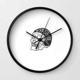 fast or last Wall Clock