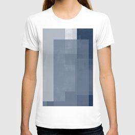 Case Study No. 33 | Navy T-shirt