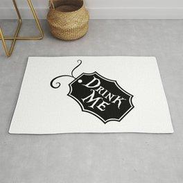"""""""Drink Me"""" Alice in Wonderland styled Bottle Tag Design in Black & White Rug"""