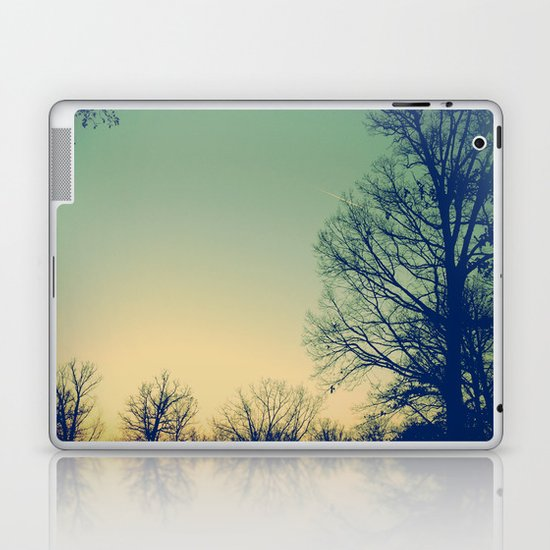 Surround Laptop & iPad Skin