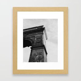 washington square arch - black & white Framed Art Print