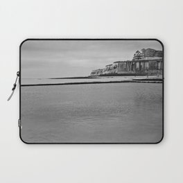 A pool full of crabs Laptop Sleeve