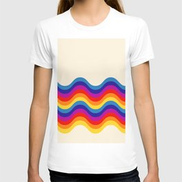 Wavy retro rainbow T-shirt