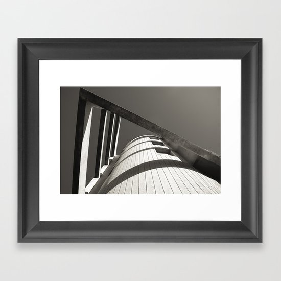 IN POINT Framed Art Print