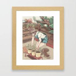 Tendant le Jardin Framed Art Print
