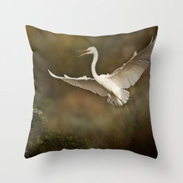 Great White Egret - Landing Throw Pillow