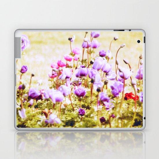 Sweet Breezy Dreams... Laptop & iPad Skin