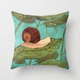Schnecke Throw Pillow