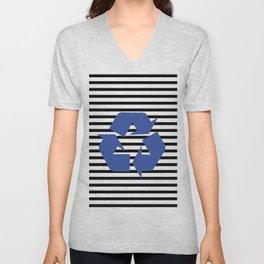 Blue Recycle Logo - Symbol on a black lines pattern Unisex V-Neck