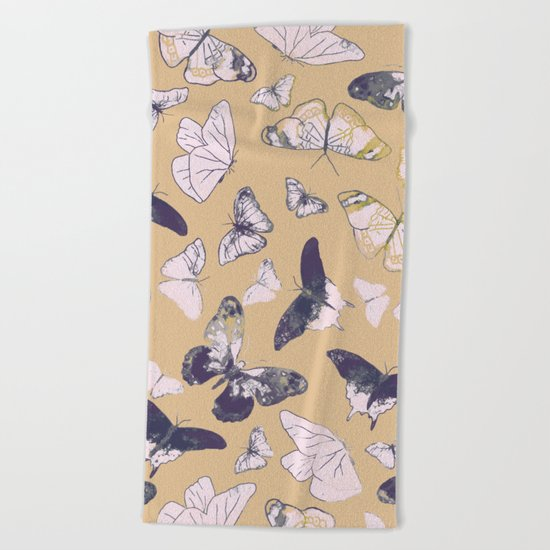 BUTTERFLIES PATTERN Beach Towel