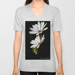 Two Daisies Unisex V-Neck