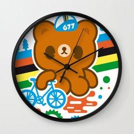 CycleBear - champignon du monde Wall Clock