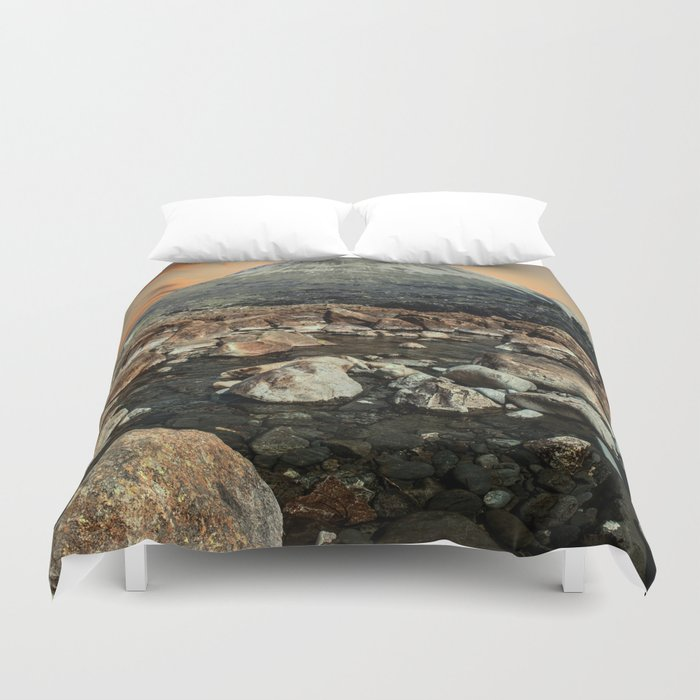 Valley of faires Duvet Cover