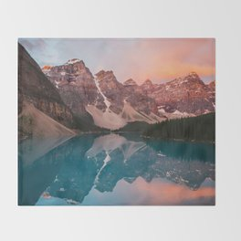 Souls Climbing Throw Blanket