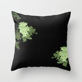wildplant#4 Throw Pillow