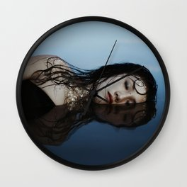 Venus et le secret des mers Wall Clock