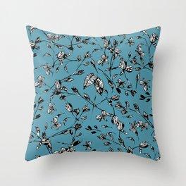 Portal Azul Throw Pillow