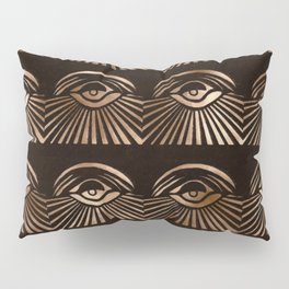 The Eyes of Manon Pillow Sham