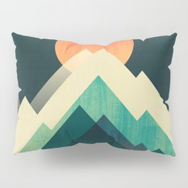 Ablaze on cold mountain Pillow Sham