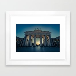 Brandenburger Tor Framed Art Print