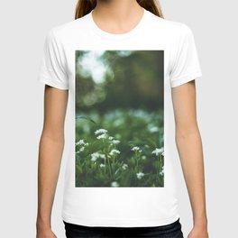Flower photography by stephan cassara T-shirt
