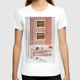 Sunny pink house T-shirt