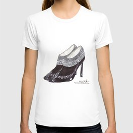 Manolos so French  T-shirt