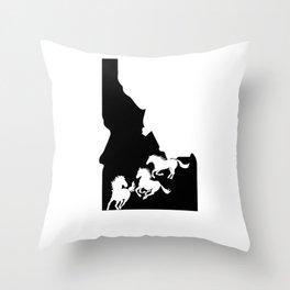 Idaho Appaloosa Horse Lover Nez Perce Black Throw Pillow