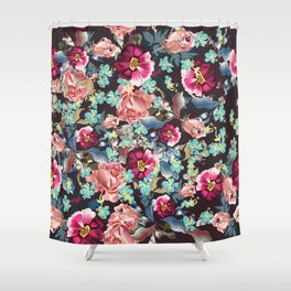 Beautiful victorian rose pattern in vintage style Shower Curtain