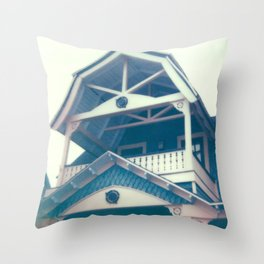 Martha's Vineyard House Top Throw Pillow