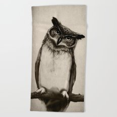 Owl Sketch Beach Towel