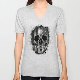 usa black and white skull Unisex V-Neck