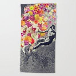 Flower surfing Beach Towel