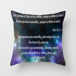 Estrellas en galaxia - Salmo 136, 2-3 Throw Pillow