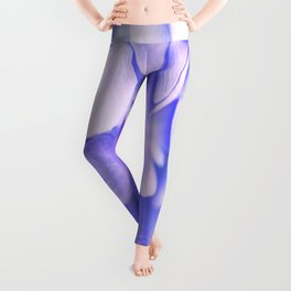 The Delicate Petals Of Hydrangea Leggings