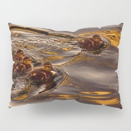 Baby ducklings Pillow Sham