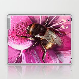 Bee on flower 13 Laptop & iPad Skin