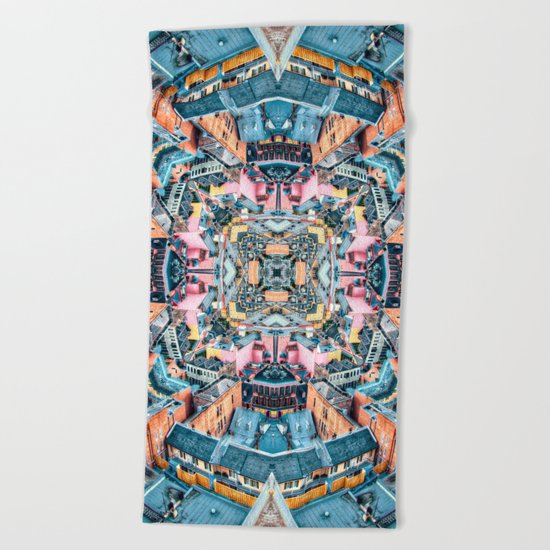 City In A Circle Beach Towel