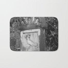 rooster grave Bath Mat
