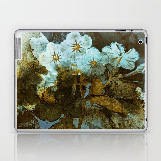 Fower in winter Laptop & iPad Skin