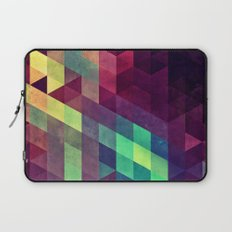 Vynnyyrx Laptop Sleeve