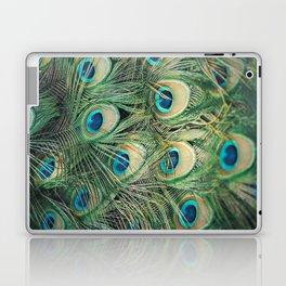 Loads of feathers Laptop & iPad Skin