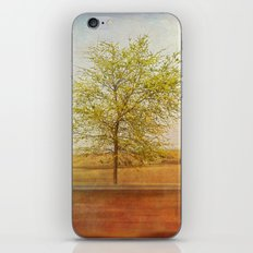 Lonely tree.I iPhone & iPod Skin