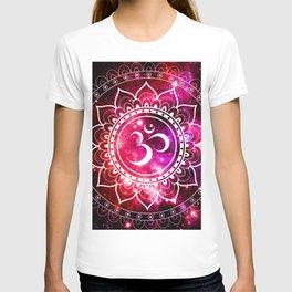 Ohm Mandala : Galaxy Mandala Red Fuchsia Pink T-shirt