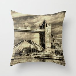 Tower Bridge and the Dixie Queen vintage Throw Pillow